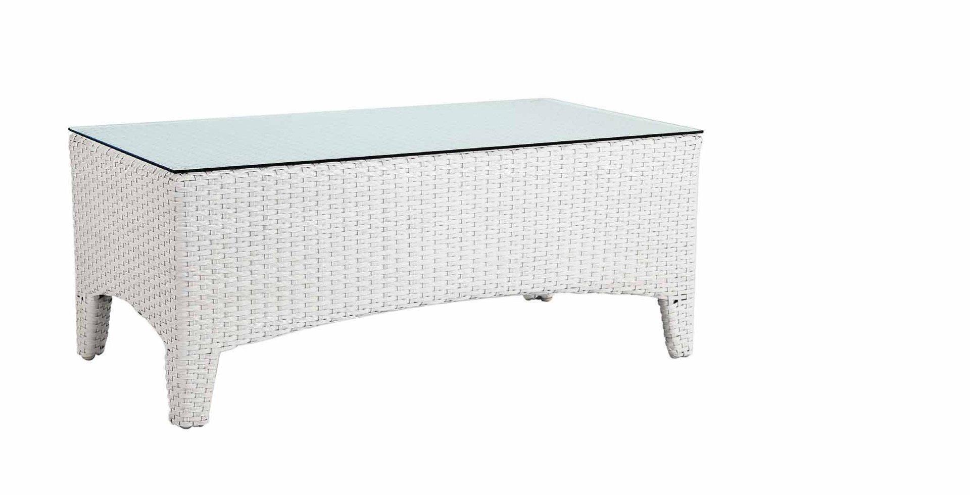 Tavolo In Rattan Bianco.Tavolino White Rattan Sintetico E Vetro Mobili Provenzali Shabby